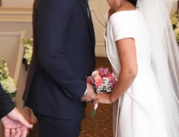 Έσκασαν τα ευχάριστα - Παντρεύτηκε πασίγνωστη τραγουδίστρια