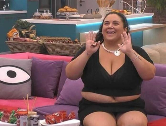Big Brother: Το νέο γυμνό πλάνο που «καίει» την Αφροδίτη - Στο μπάνιο με ανοιχτό το μπουρνούζι