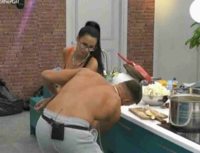 Big Brother: Απίστευτο πλάνο - Ο Παναγιώτης σήκωσε το φόρεμα της Χριστίνας