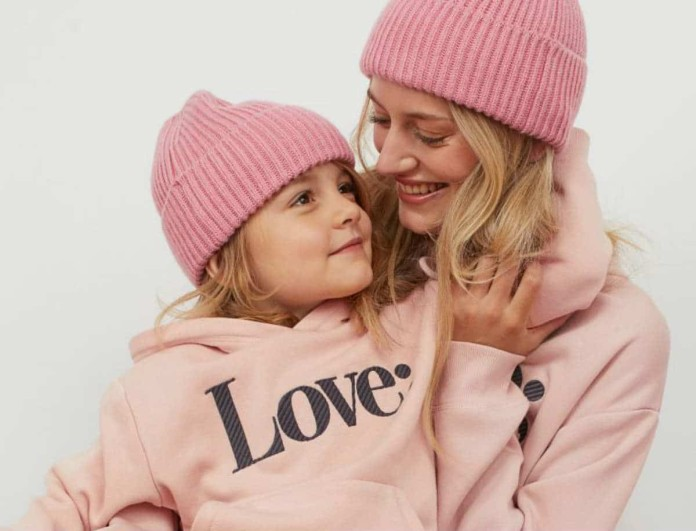 Θραύση στα H&M η καινούργια συλλογή - Ασορτί συνολάκια για μαμά και κόρη