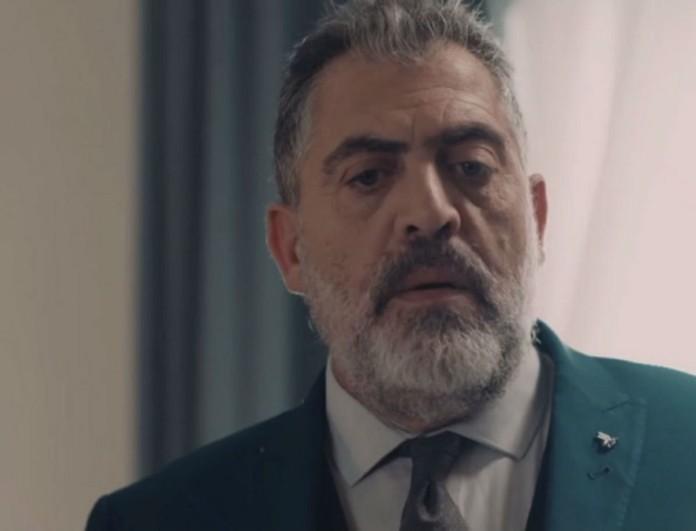 Σκάνδαλο στις 8 Λέξεις - Ο Μιλτιάδης κλέβει DNA από τον Φοίβο και το δίνει στην αστυνομία