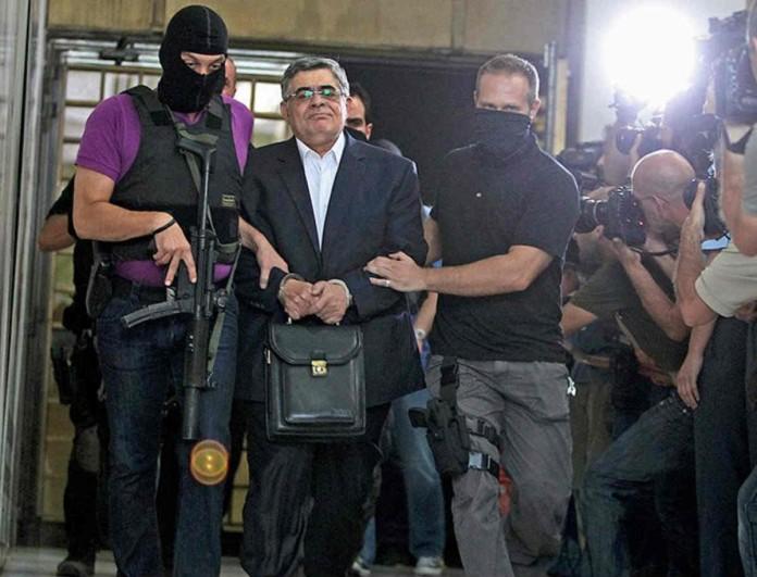 Δίκη Χρυσής Αυγής: Στην φυλακή ο Μιχαλολιάκος και το διευθυντήριο της Χ.Α