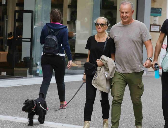 Μαρία Μπεκατώρου: Ο φακός την τσάκωσε στο πλάι του συζύγου της Αντώνη Αλεβιζόπουλου