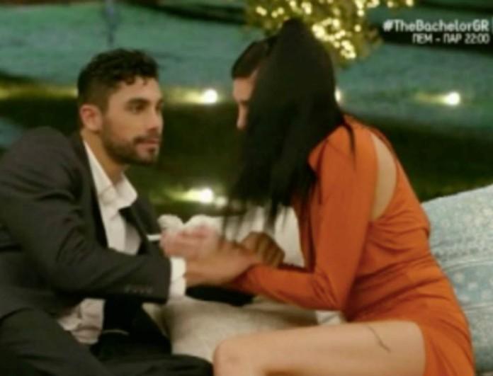 The Bachelor: «Λύγισε» η Σία - Ζήτησε να αποχωρήσει από το παιχνίδι