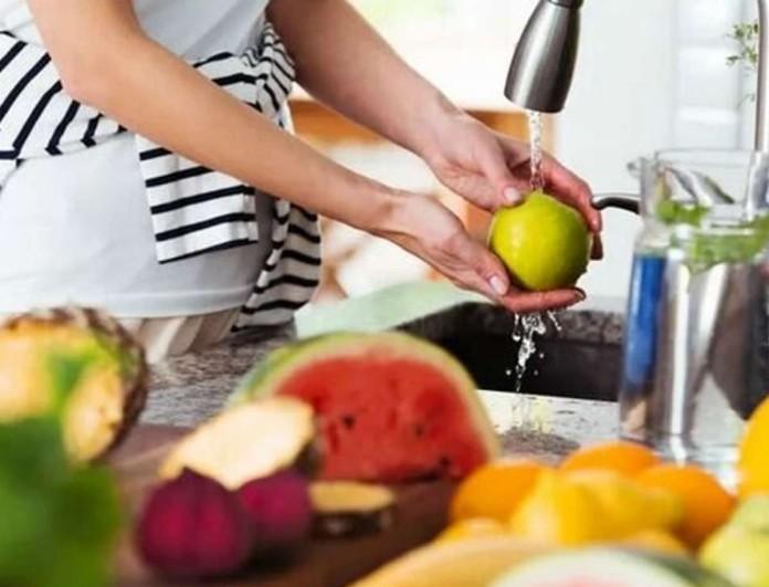 Εξαφανίστε τυχόν κορωνοϊό από φρούτα και λαχανικά με μαγειρική σόδα - Αυτός είναι ο σωτήριος τρόπος