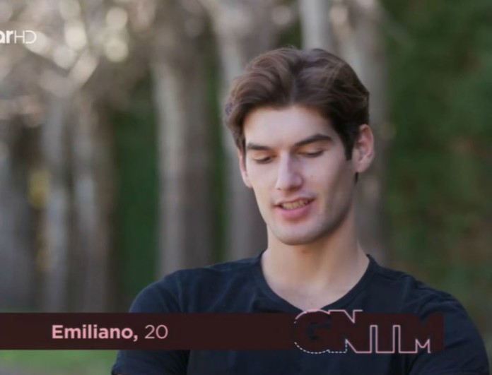 GNTM 3: Ο Αιμιλιάνο «αδειάζει» τον Εμμάνουελ - «Χαίρομαι που έφυγε!»