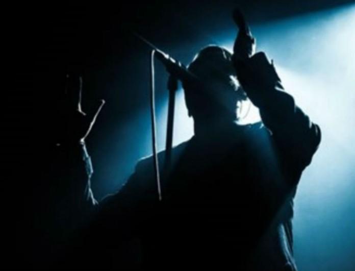Έχασε την μάχη με τον καρκίνο πασίγνωστος τραγουδιστής