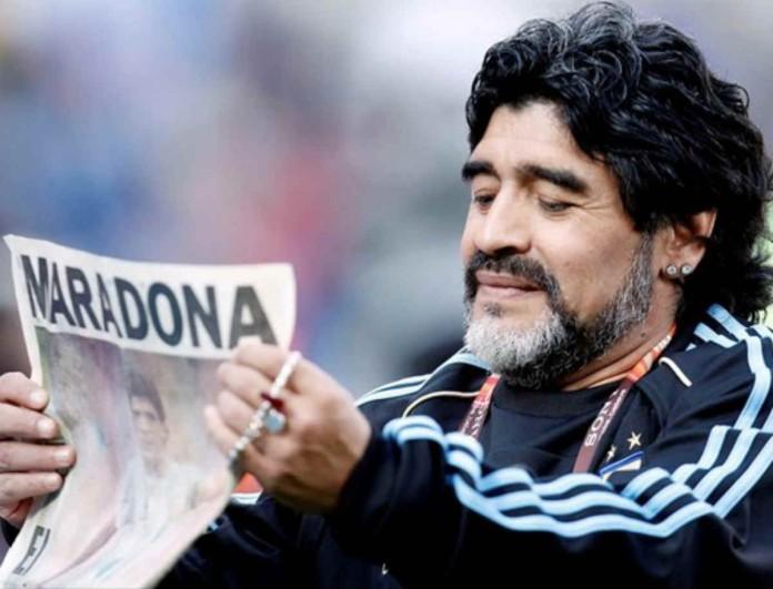 Ντιέγκο Μαραντόνα: Η σωρός του ποδοσφαιριστή σε λαϊκό προσκύνημα - Φωτογραφίες από το πλήθος