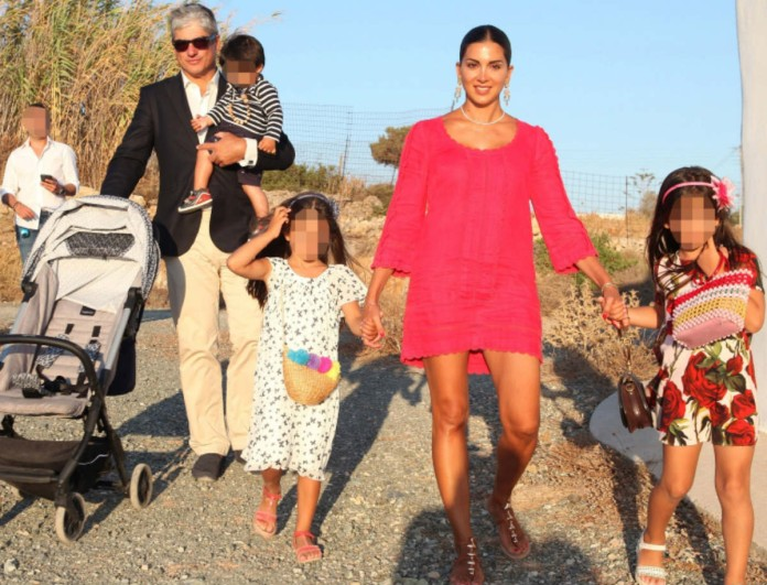 Στόλισε η Σταματίνα Τσιμτσιλή με την οικογένειά της - Η τρυφερή φωτογραφία