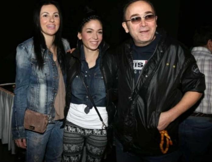 Στεφανία Γονίδη: Με μια φωτογραφία του πατέρα της Σταμάτη με την σύντροφο του καλωσόρισε την αδερφή της