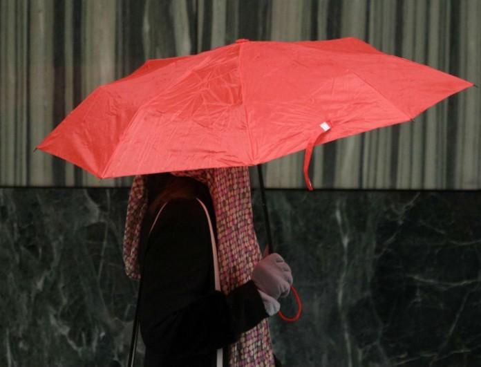 Η ΕΜΥ προειδοποιεί για τον καιρό σήμερα 16/12: Ποιες περιοχές πρέπει να προσέχουν