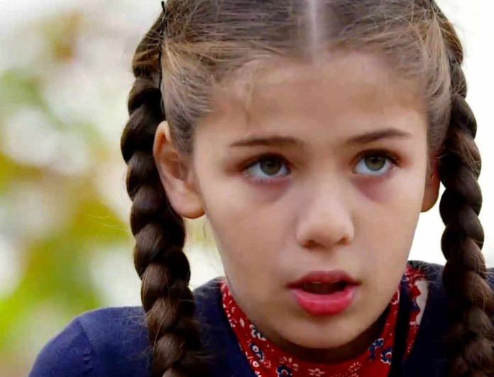 Elif: Η Ελίφ το σκάει - Βρίσκεται και πάλι στο δρόμο...
