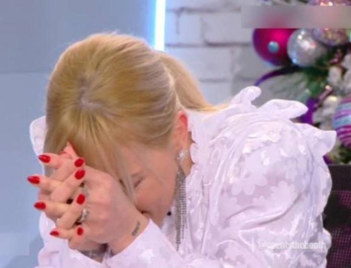 Έβαλε τα κλάματα η Αναστασοπούλου στον αέρα του The Booth - Τι συνέβη;