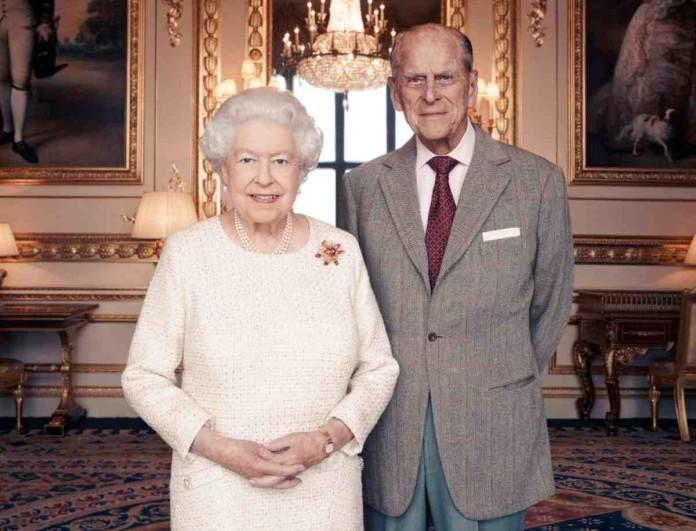 Εκτός Buckingham για τα Χριστούγεννα η Βασίλισσα Ελισάβετ και ο Φίλιππος