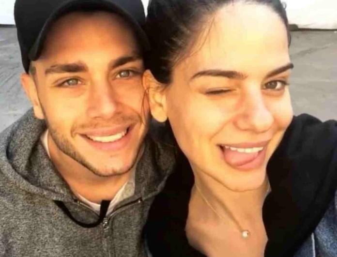Παντρεύονται Αλέξανδρος Κοψιάλης και Σοφία Φυρού - Η φωτογραφία με την ανακοίνωση