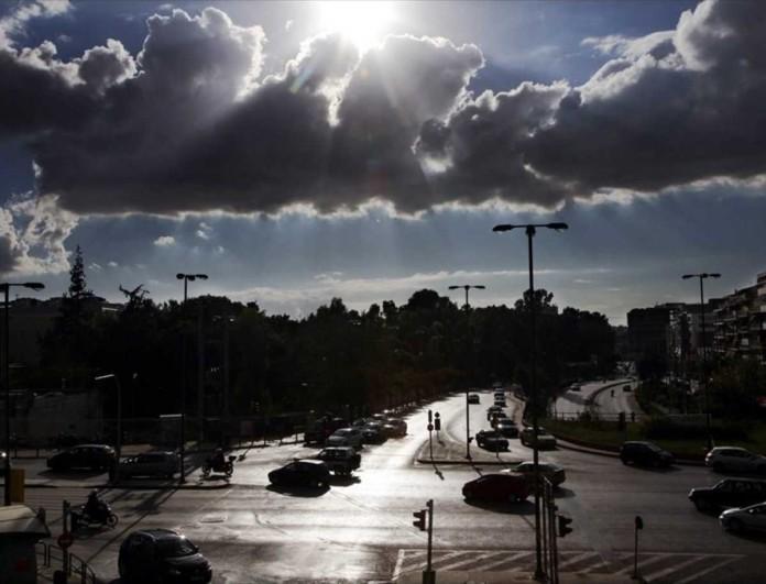 Καιρός 19/12: Συννεφιασμένο Σάββατο - Σε ποιες περιοχές θα βρέξει;