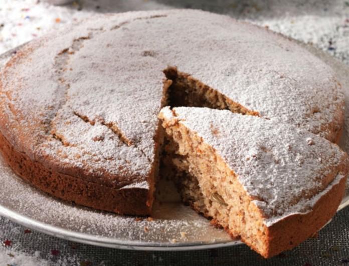 Η πιο εύκολη βασιλόπιτα - κέικ με καρύδια και αυγά από την Αργυρώ Μπαρμπαρίγου