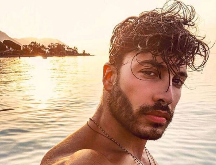 Survivor 4 - Ασημακόπουλος: Βίντεο από χλιδάτα ξενοδοχεία με animal print μαγιό