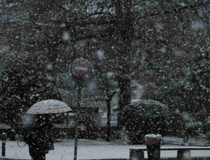 Καιρός (16/1): Χιόνια σε όλη τη χώρα