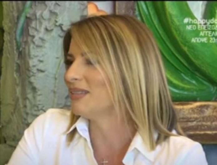Σοκάρει η Ισαβέλλα Κούτση: «Γέννησα στην κουζίνα! Ψάχναμε τον πλακούντα κάτω από τα έπιπλα»