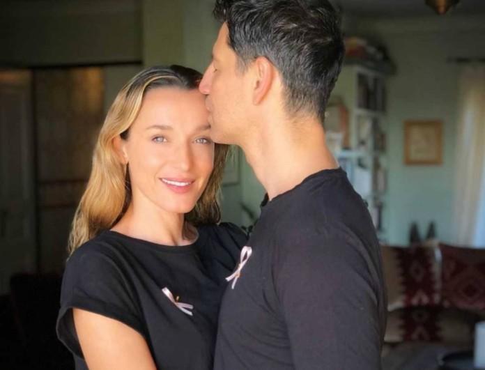 Σάκης Ρουβάς: Μπήκε στην κουζίνα και μαγείρεψε τα πάντα για το πρωτοχρονιάτικο τραπέζι