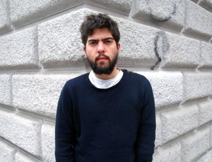 Δημήτρης Καραντζάς: «Αδειάζει» τον Φασουλή - «Το θέατρο δεν είναι έτσι»