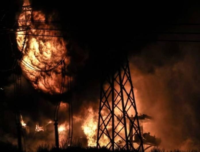 Έκρηξη σε μετασχηματιστή της ΔΕΗ και διακοπή ρεύματος στα Βόρεια προάστια