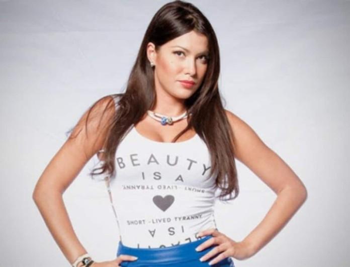 Kλέλια Ρένεση: «Έχω μια παράδοξη ανάγκη να κάνω μια καταγγελία άλλου είδους...μια καταγγελία αγάπης»