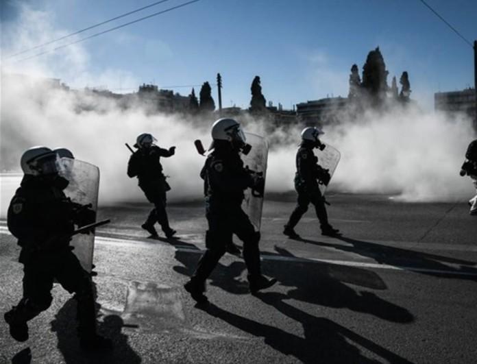Επεισόδια στο κέντρο της Αθήνας στο πανεκπαιδευτικό συλλαλητήριο