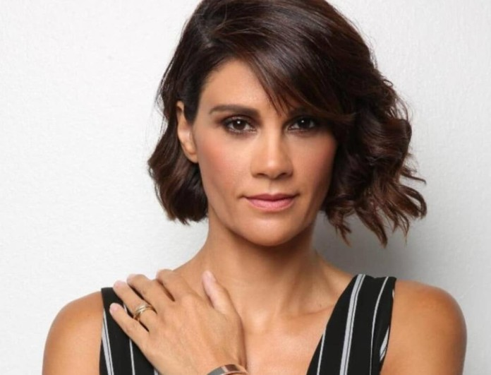 Άννα Μαρία Παπαχαραλάμπους: Καταγγέλλει πασίγνωστο ηθοποιό για ασελγείς πράξεις, λεκτική βία και προσβολή