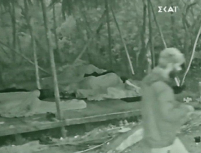 Survivor 4: Σκάνδαλο! Αλέξης Παππάς και Kρις παραβίασαν τους κανόνες και έφυγαν από την καλύβα