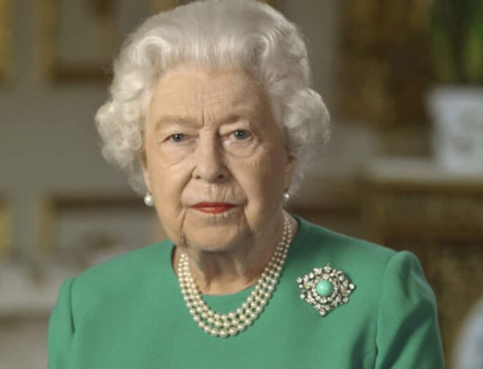Το τελετουργικό που ακολουθεί η Βασίλισσα Ελισάβετ πριν πέσει για ύπνο