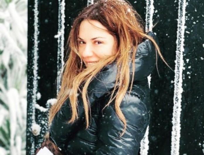Βάσω Λασκαράκη: Βγήκε βόλτα στα χιόνια μαζί με τον Λευτέρη Σουλτάτο