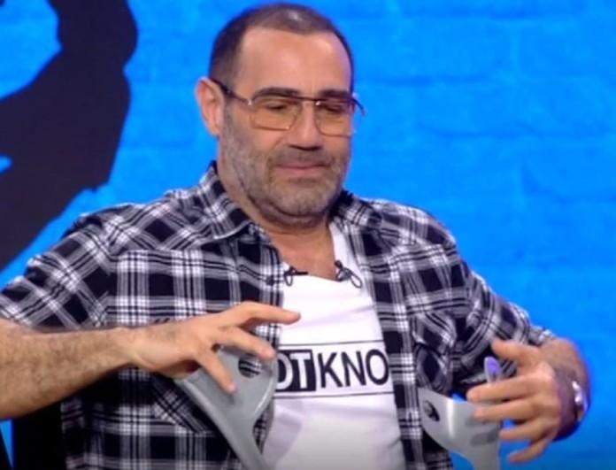 Με πατερίτσες στο Ράδιο Αρβύλα ο Αντώνης Κανάκης