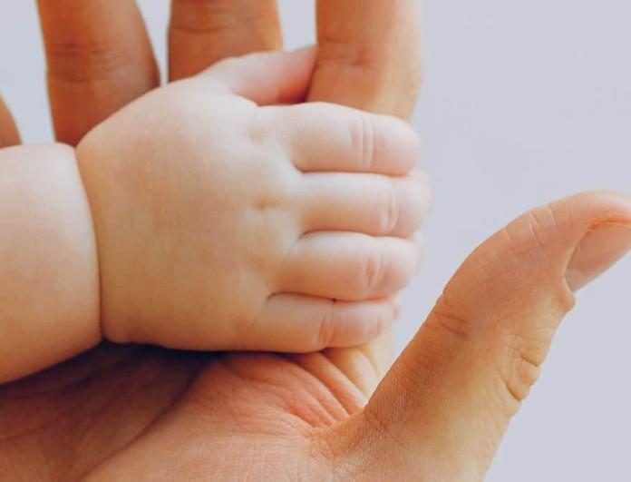 Δυο μωρά λίγων μηνών στο νοσοκομείο στο Ρίο, με κορωνοϊό