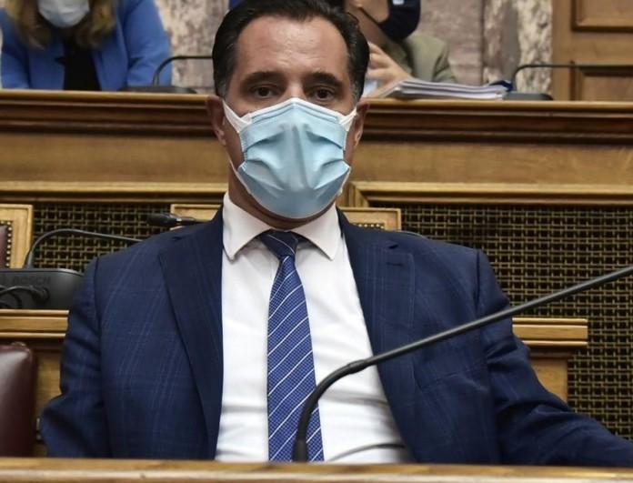Άδωνις Γεωργιάδης: Έγινε νονός εν μέσω πανδημίας