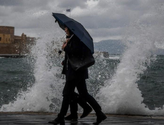 Καιρός 11/3: Βροχές και καταιγίδες σε όλη τη χώρα