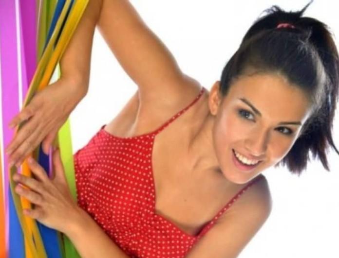 Η Φάρμα: Η Μαρία Θωμά είναι η τραγουδίστρια του συγκροτήματος Xana Zoo