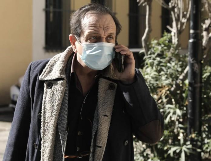 Σπύρος Μπιμπίλας: «Έχω κατηγορηθεί ότι έχω εθισμό για να βγαίνω στις εκπομπές»