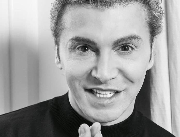 Ο Τάκης Ζαχαράτος στο νέο τεύχος του YOU!