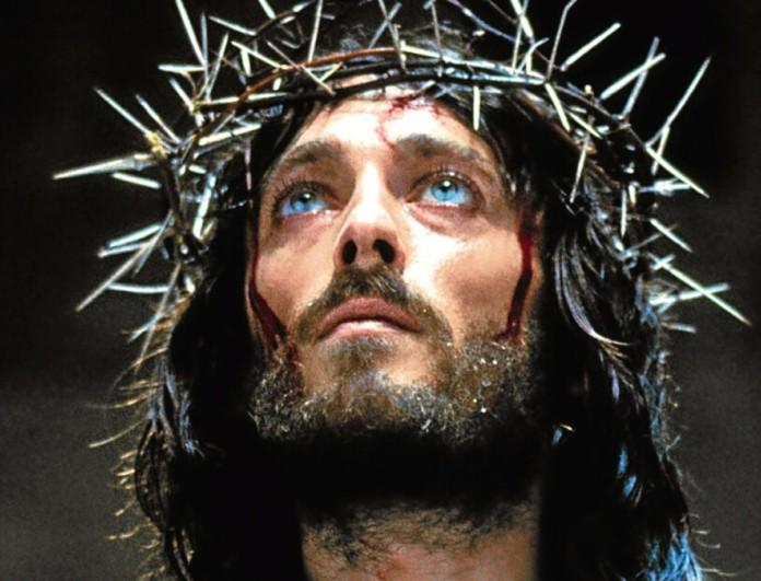 Ιησούς από τη Ναζαρέτ: Δείτε πώς είναι σήμερα ο πρωταγωνιστής του στα 76 του