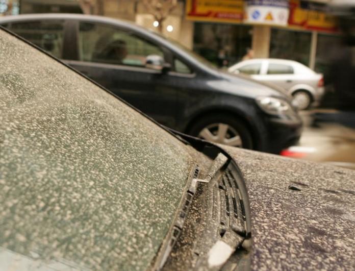 Καιρός 18/4: Μεταφορά σκόνης και λασποβροχή σε πολλές περιοχές