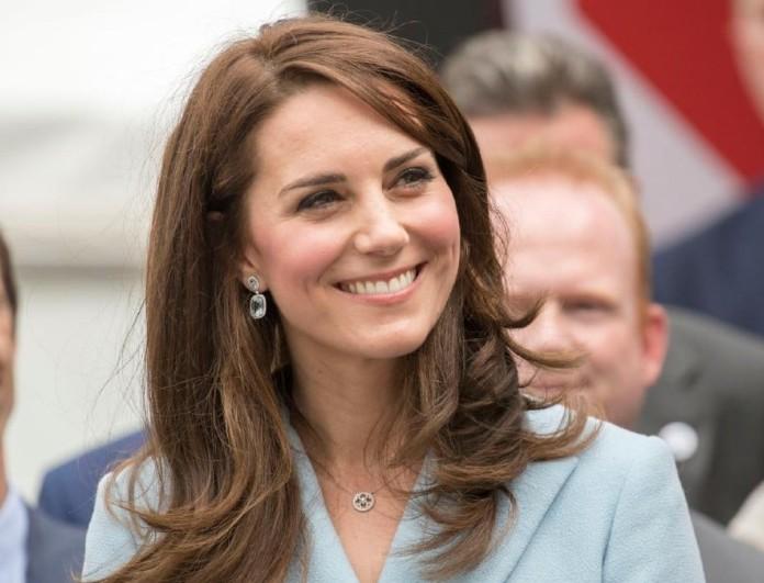 Σάλος στα social media με την Kate Middleton - Εμφανίστηκε σε συγκέντρωση χωρίς μάσκα