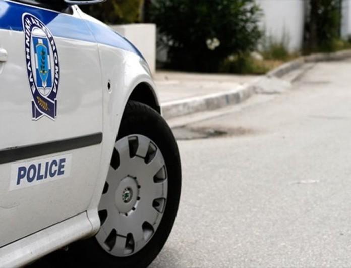 Πατήσια: Άνδρας μαχαίρωσε τον αδερφό του, αυτοτραυματίστηκε και επιτέθηκε σε αστυνομικό