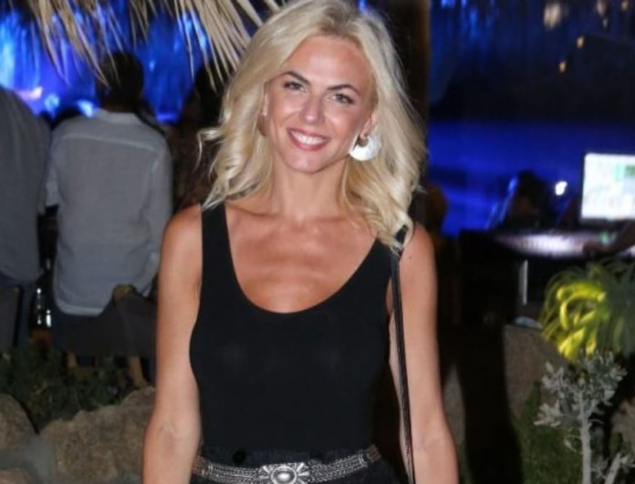 Χριστίνα Κοντοβά: Επέστρεψε στην Ελλάδα αλλά το μυαλό της είναι στη ανάδοχη κορούλα της
