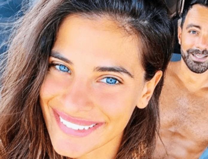 Σάκης Τανιμανίδης: Ποζάρει δίπλα στη φουσκωμένη κοιλίτσα της Χριστίνας Μπόμπα