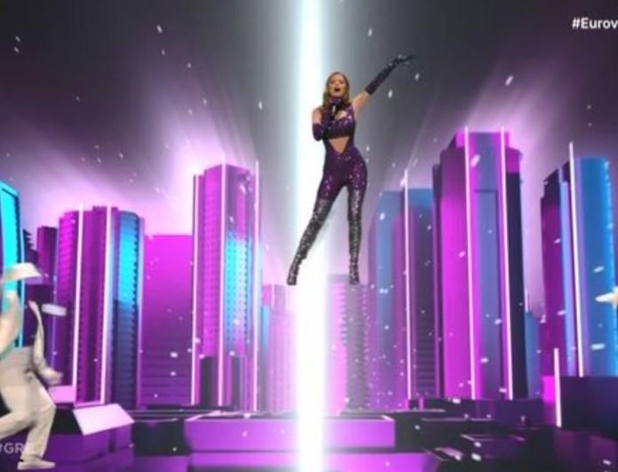 Eurovision 2021: Παρά τα λάθη σάρωσε η Στεφανία στη σκηνή!