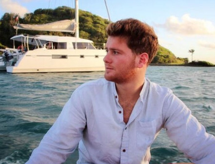 Survivor 4: Έφυγε από την Αθήνα ο Τζέιμς - Η συνάντηση με γνωστό ηθοποιό σε μεγάλο νησί
