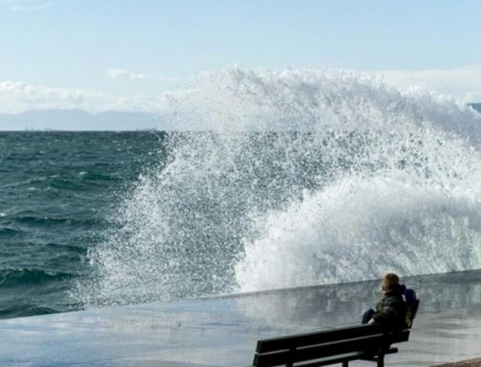 Καιρός (9/5): Πτώση της θερμοκρασίας και δυνατοί άνεμοι