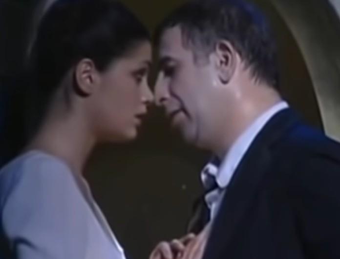 Άννα Μαρία Παπαχαραλάμπους: Βίντεο από τα φιλιά που αντάλλαξε με τον Πέτρο Φιλιππίδη